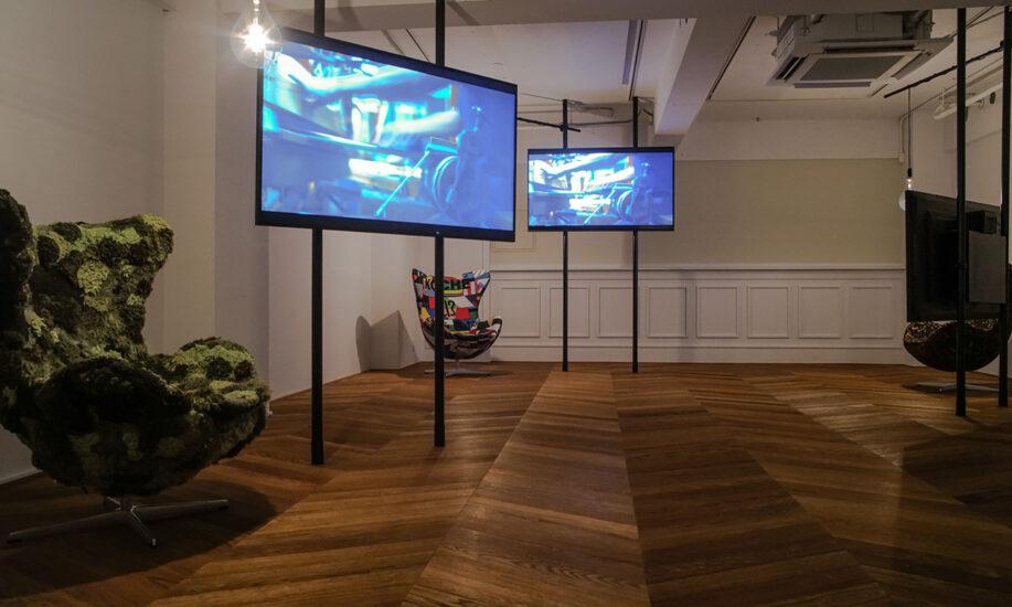 世界的ファッションデザイナー × FRITZ HANSEN × 川島織物セルコン 「織物屋の試み」展